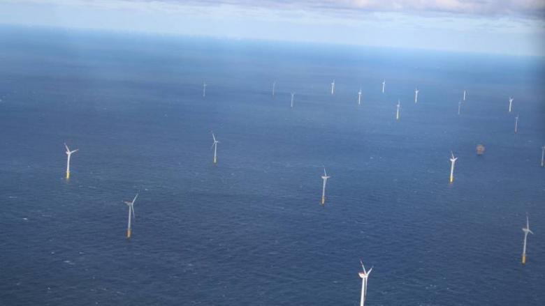 MIT Wittmund mit Energieexperten bei Dong Energy in Norddeich