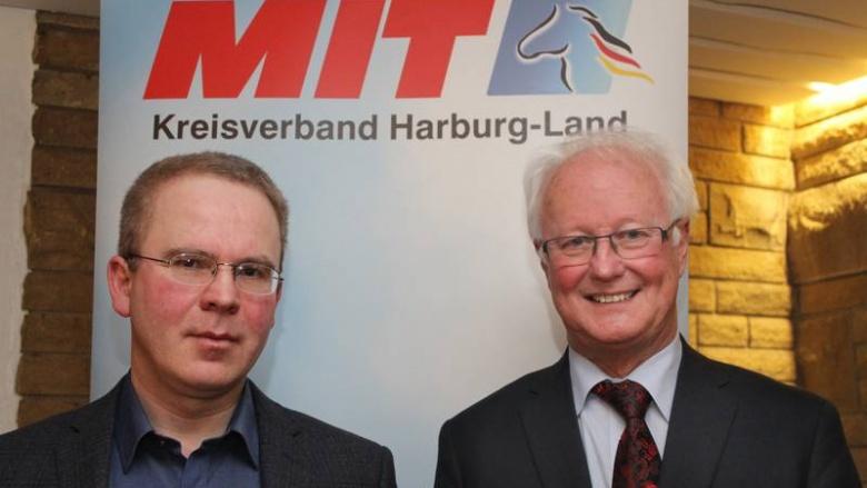(v.l.n.r.): Wulf Harder und Wilfried Uhlmann, Kreisvorsitzender der MIT Harburg-Land.